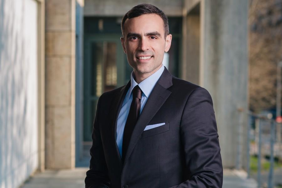 Επαγγελματική φωτογράφιση δικηγόρου - Στράτος Παναγιωτίδης