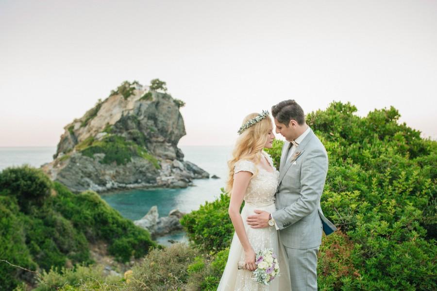 Φωτογράφος γάμου στη Σκόπελο εκκλησία Mamma Mia