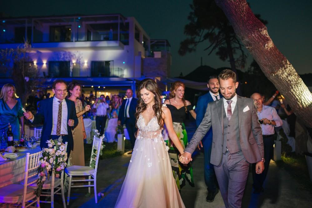 Φωτογράφιση γάμου στο Blue Carpet Χαλκιδικής